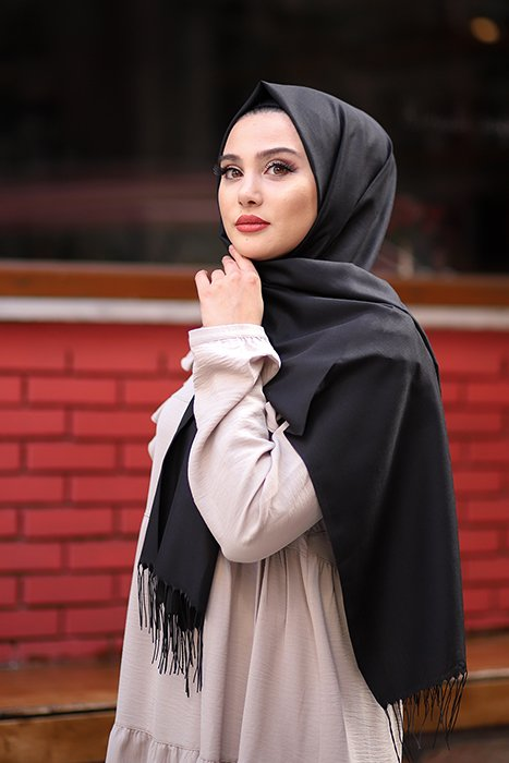 Black Hijab With Fringes