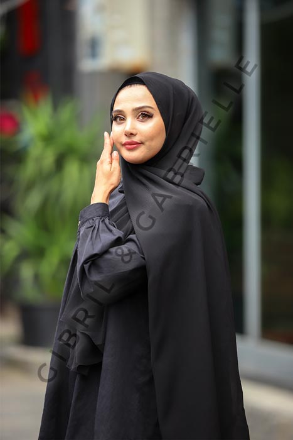 Gibril & Gabrielle - Krinkil Hijab - Black