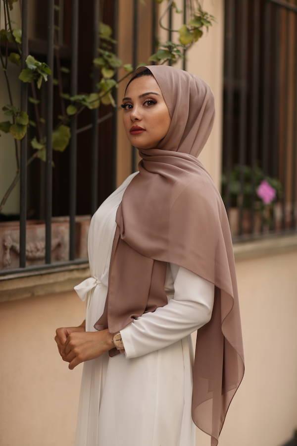 Gibril & Gabrielle - Chiffon Hijab - Brown