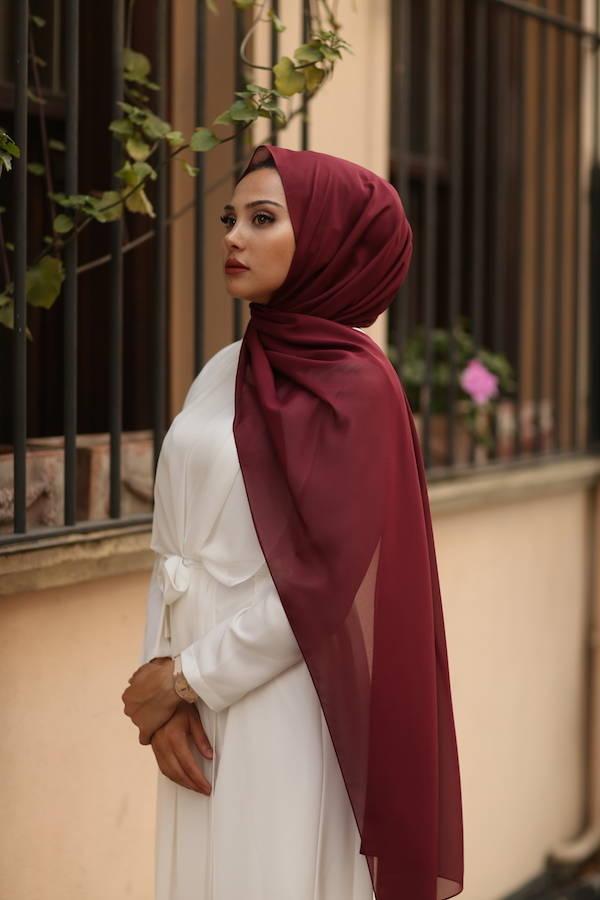 Gibril & Gabrielle - Chiffon Hijab - Cherry