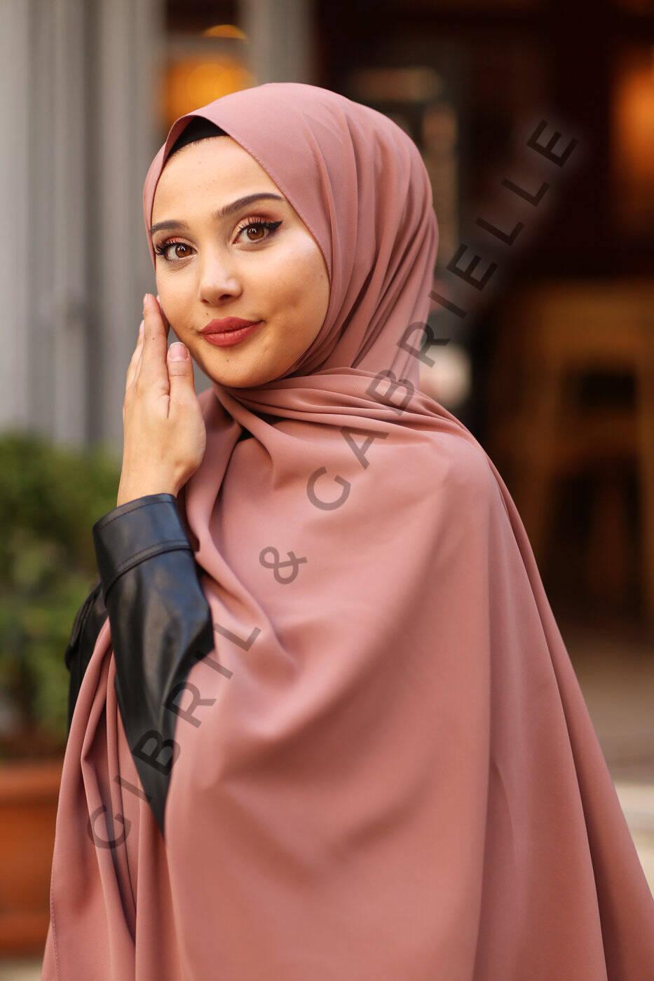 Madina Silk Hijab - Soft Cofee