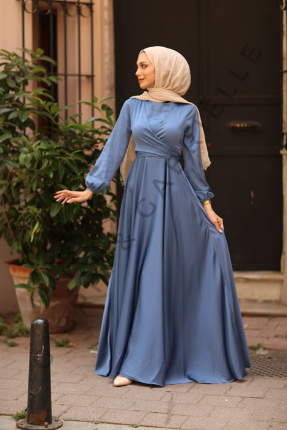 Indigo Yasemin Elbise