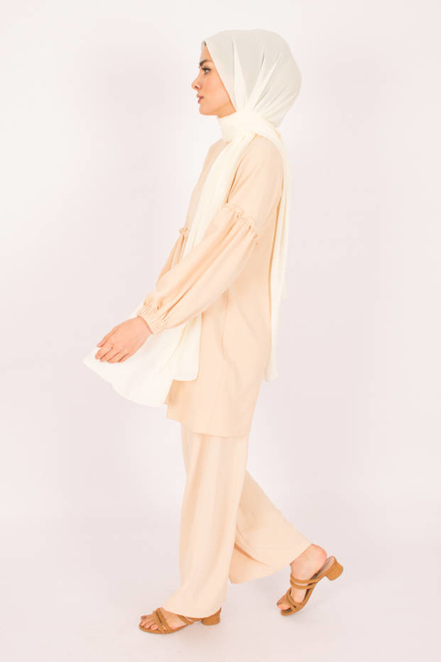 Ivory Firdevs Suit