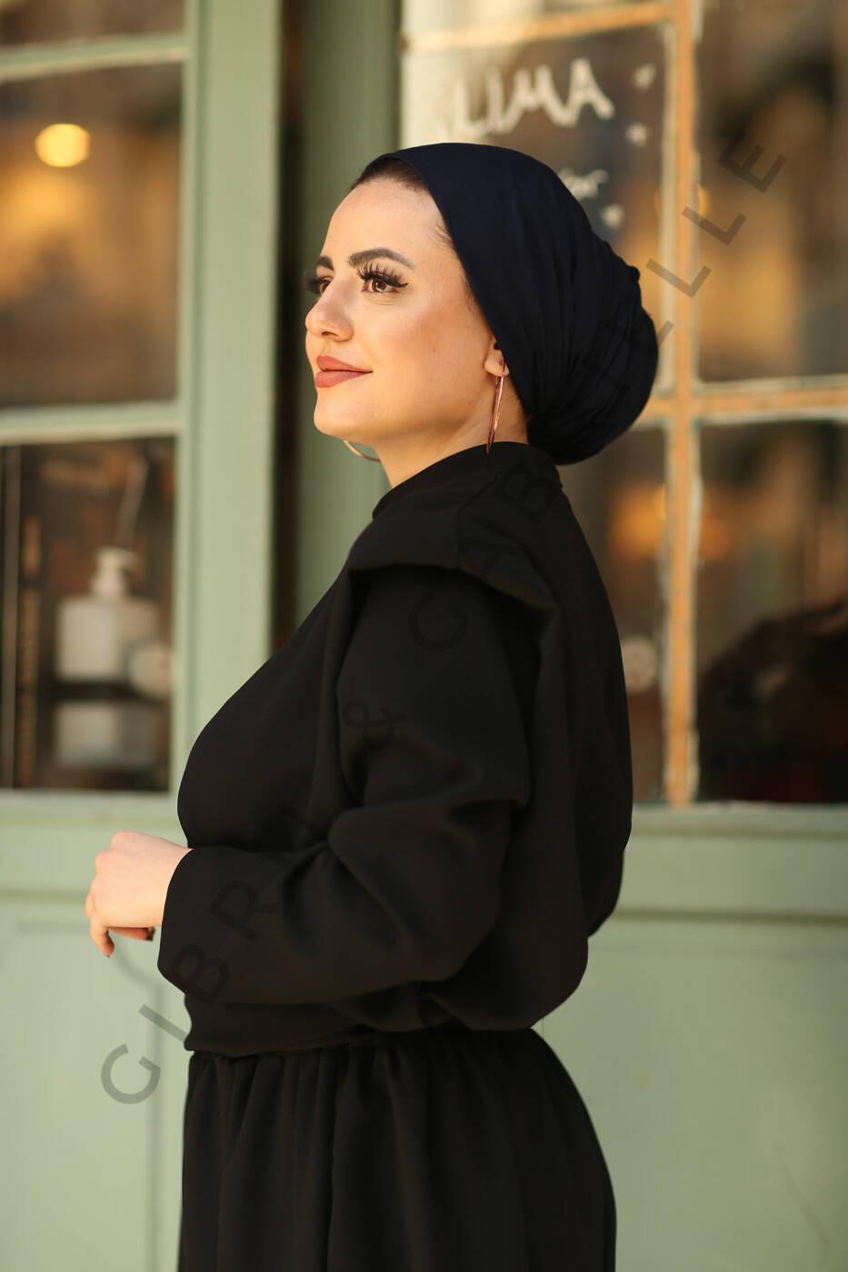 Gibril & Gabrielle - Jersey Hijab - Dark Blue