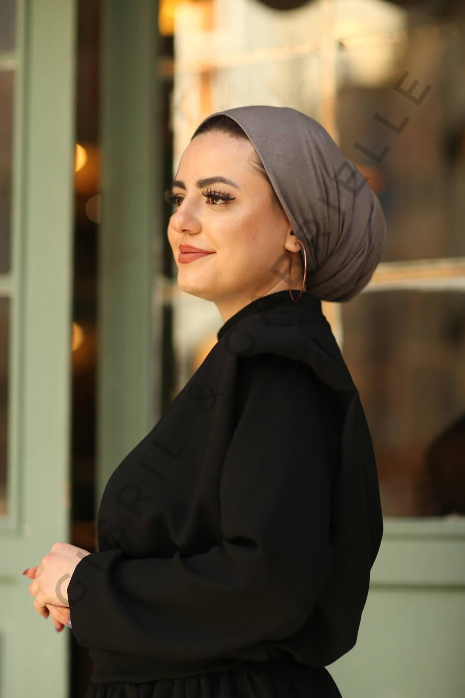 Gibril & Gabrielle - Jersey Hijab - Grey
