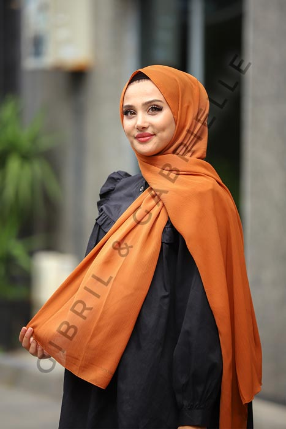 Gibril & Gabrielle - Krinkil Hijab - Caramel