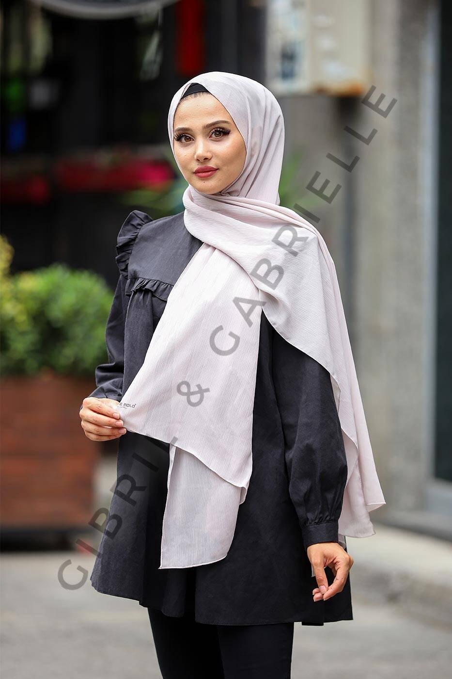 Gibril & Gabrielle - Krinkil Hijab - Grey
