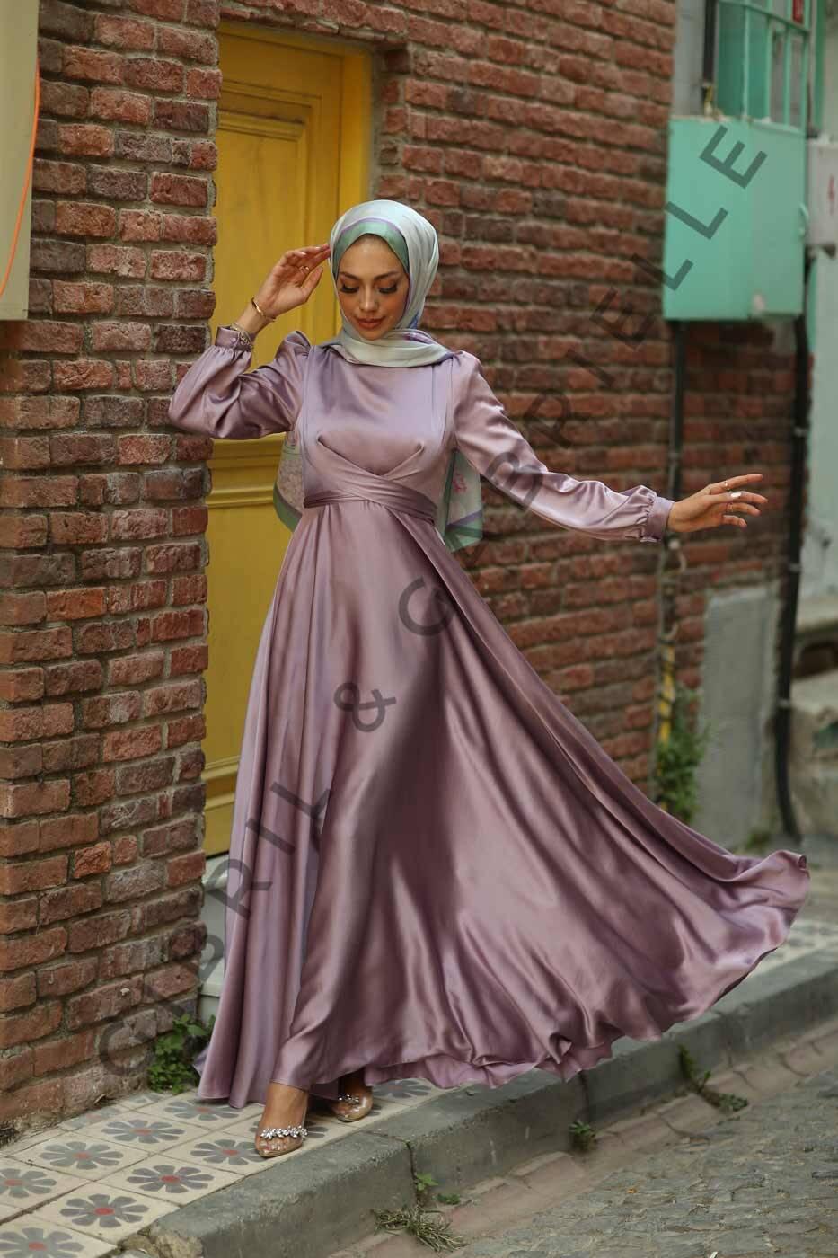 Lila Yasemin Elbise