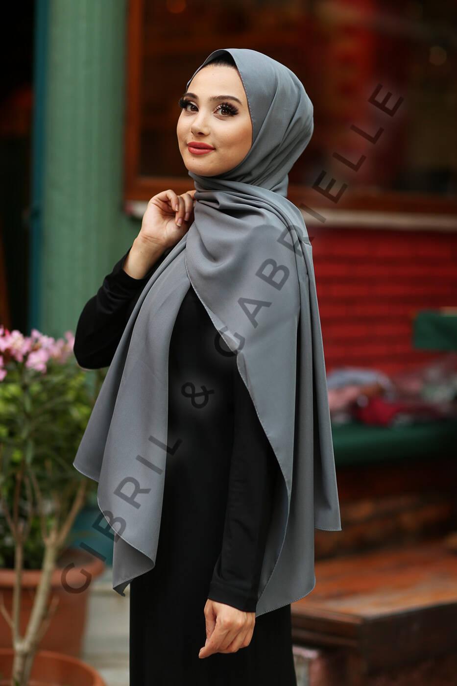 Gibril & Gabrielle - Madina Silk Hijab - Anthracite