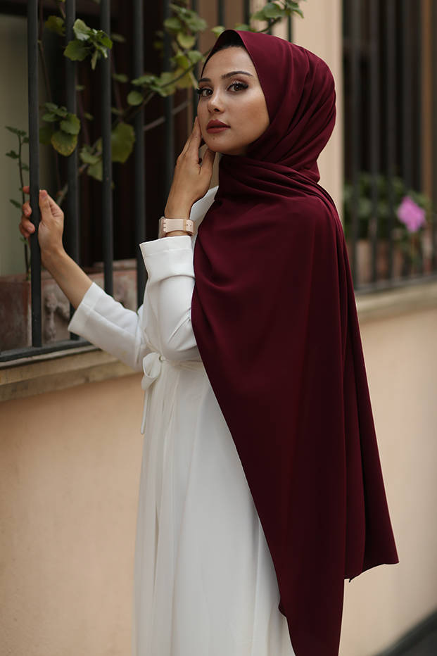 Gibril & Gabrielle - Madina Silk Hijab - Cherry