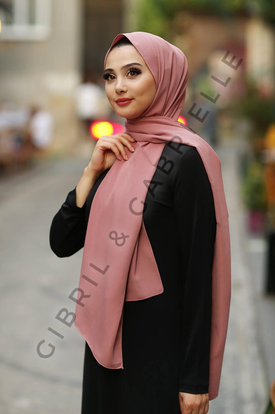 Gibril & Gabrielle - Madina Silk Hijab - French Rose