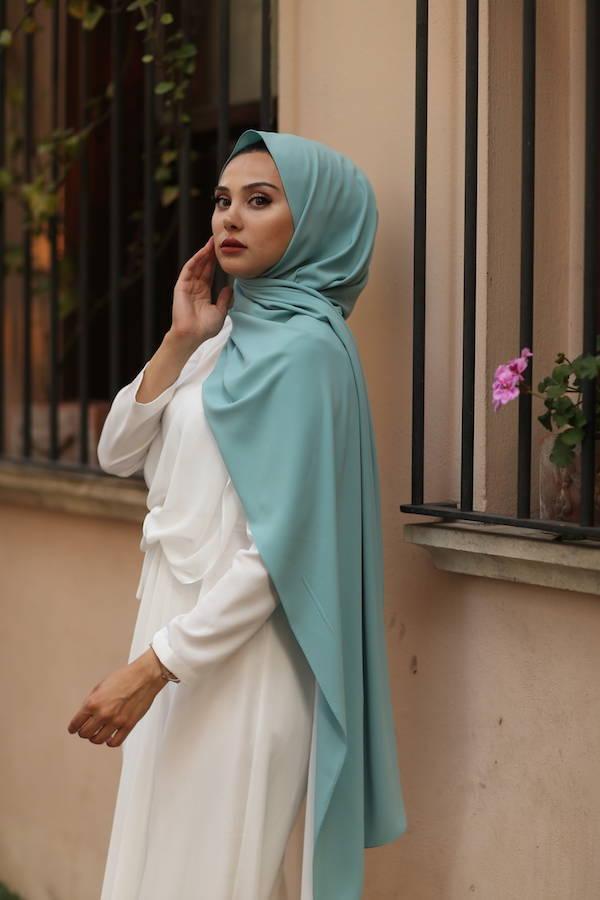Gibril & Gabrielle - Madina Silk Hijab - Pastel Blue