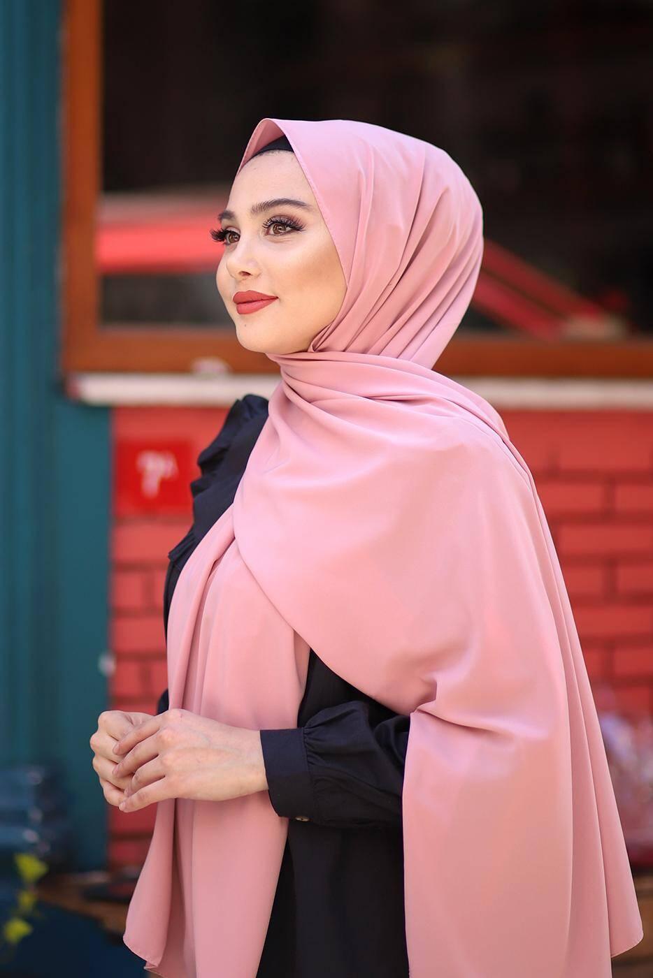 Gibril & Gabrielle - Madina Silk Hijab - Rose