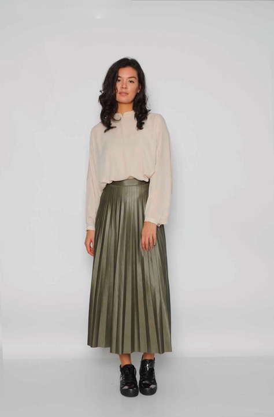 Gibril & Gabrielle - Leather Effect Pleated Maya Skirt - Kaki