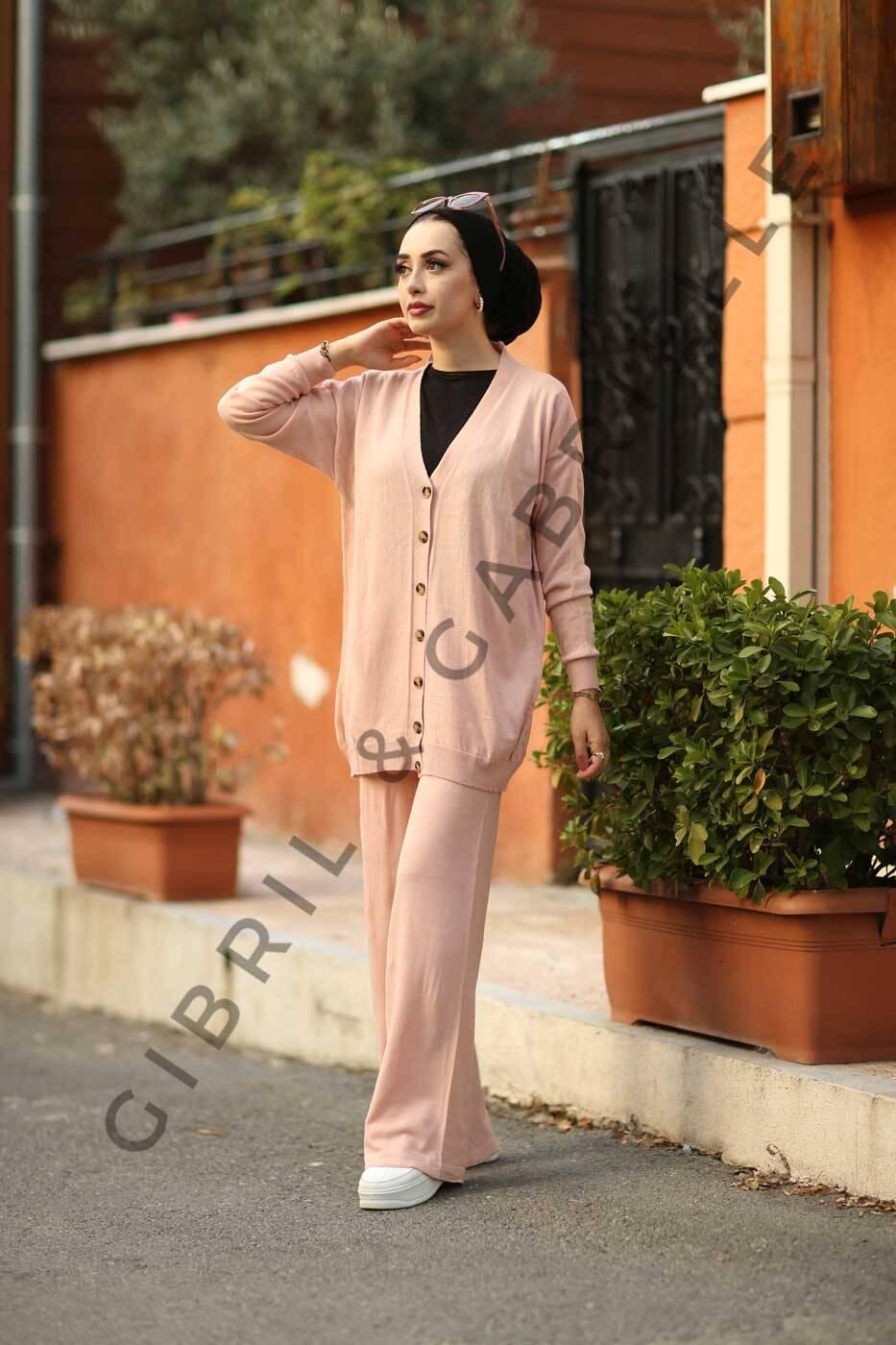 Gibril & Gabrielle - Neva Suit - Pink