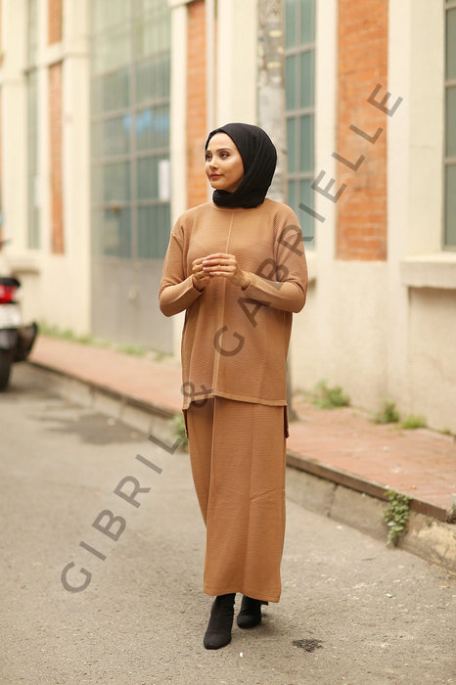 Selena Knit Suit - Camel