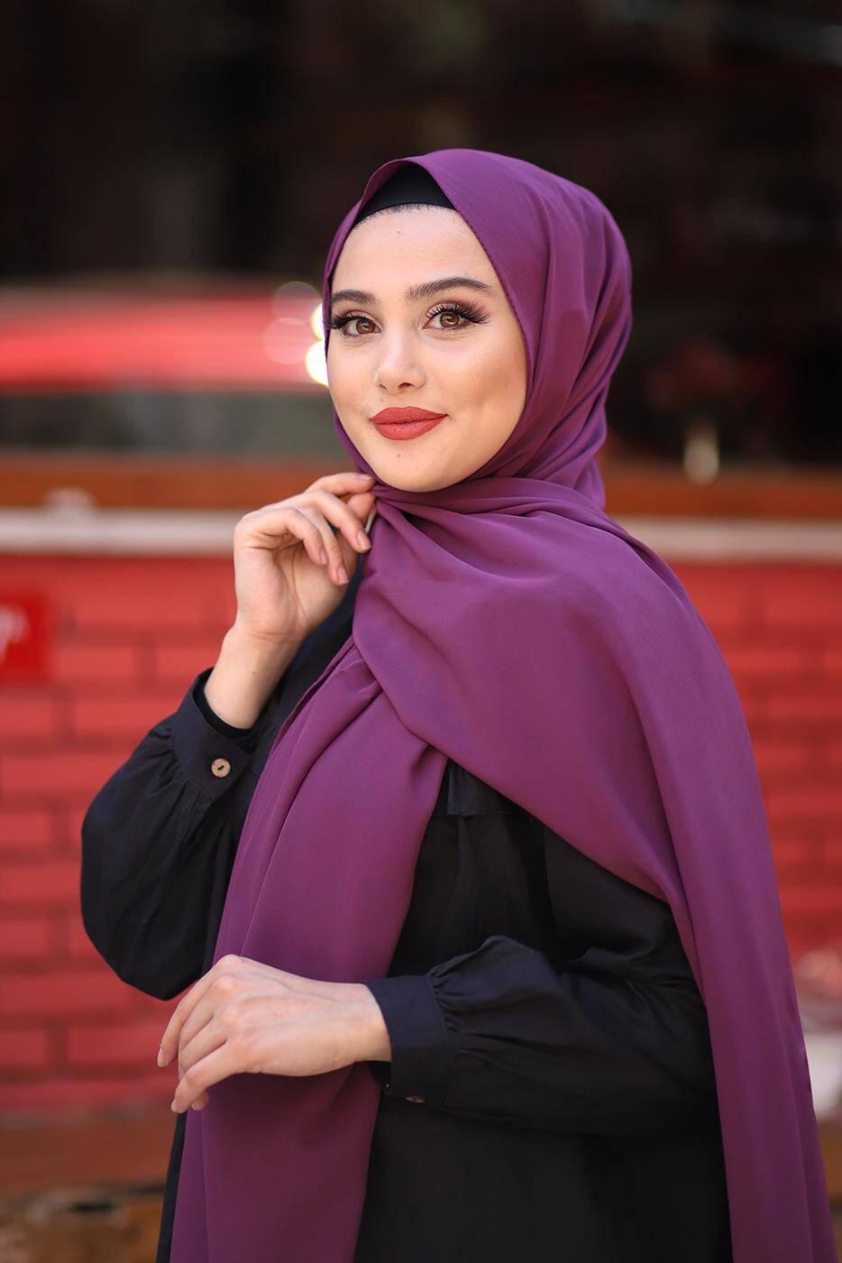 Gibril & Gabrielle - Soft Crepe Hijab Aubergine