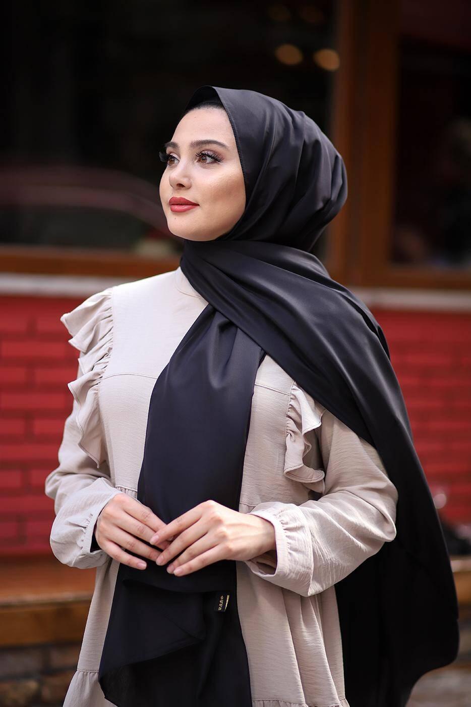 Soft Crepe Hijab Black