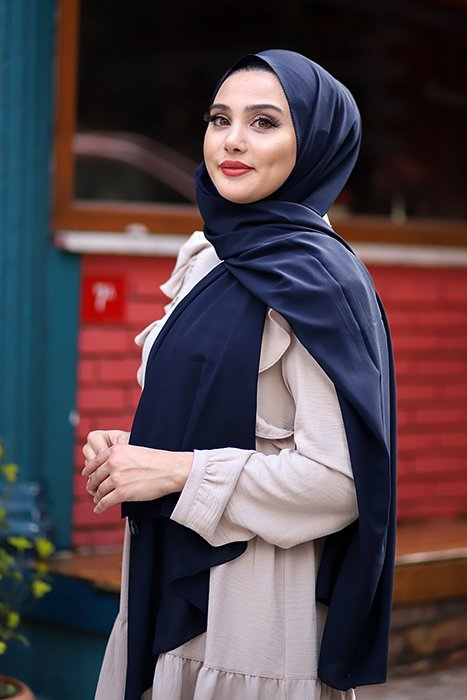 Gibril & Gabrielle - Soft Crepe Hijab Navy Blue