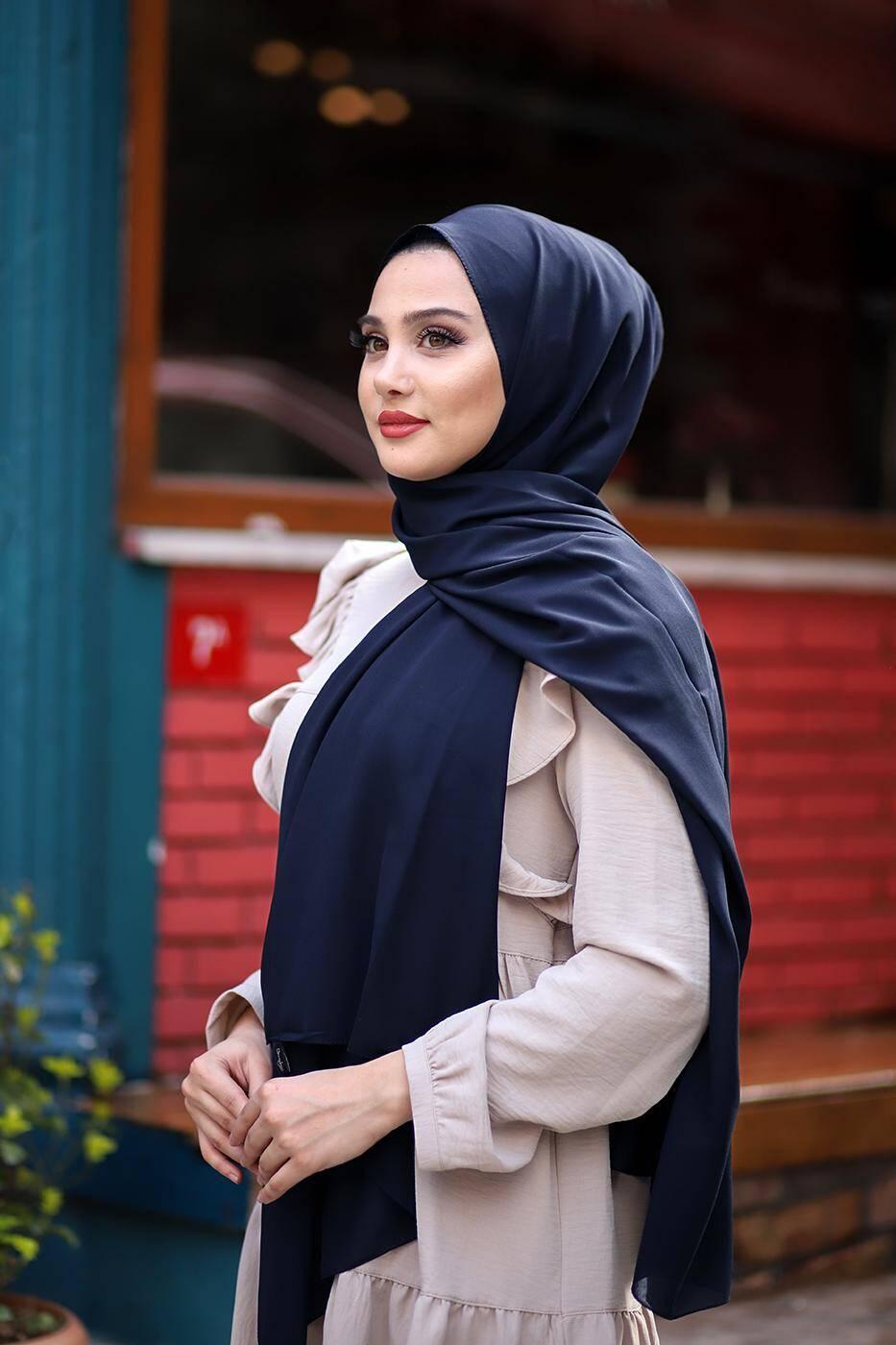Soft Crepe Hijab Navy Blue