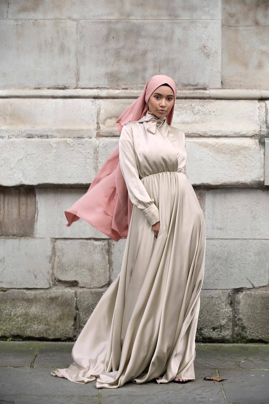 Gibril & Gabrielle - Taş Rengi Mennel Elbise